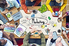 2018 04 Diverse People Working and Marketing small